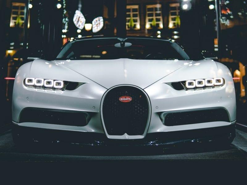 Bugatti Chiron hit 300mph