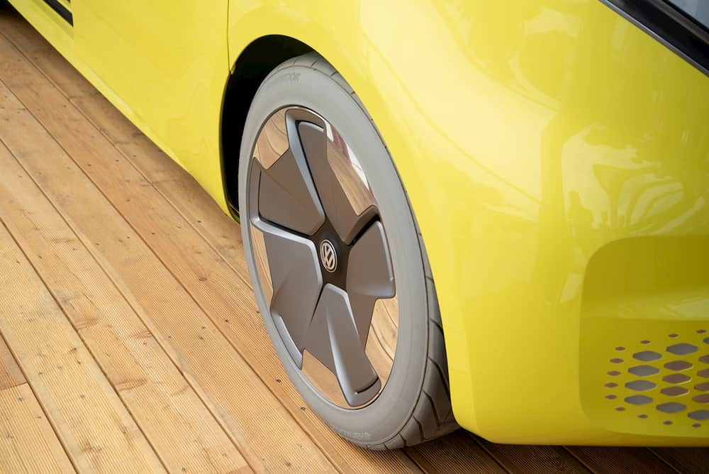 Electric Campervan VW ID Buzz front wheel