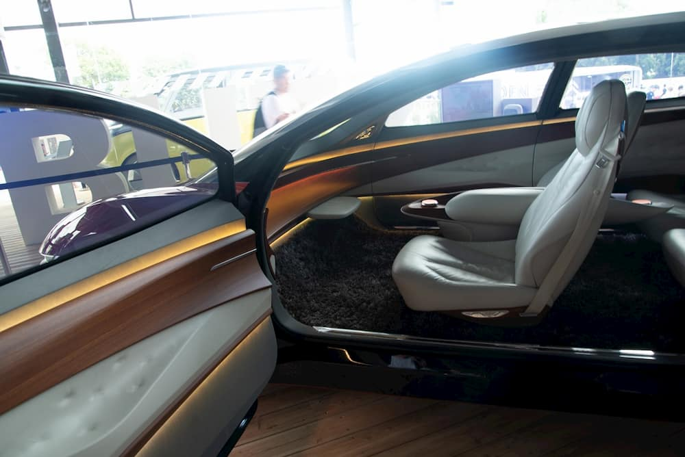 vw id vizzion electric concept interior and seats