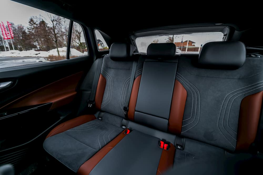 vw id4 rear seats